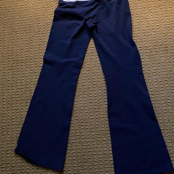 Vintage lululemon yoga pants.